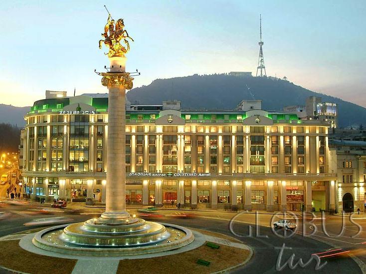 Грузия площадь свободы